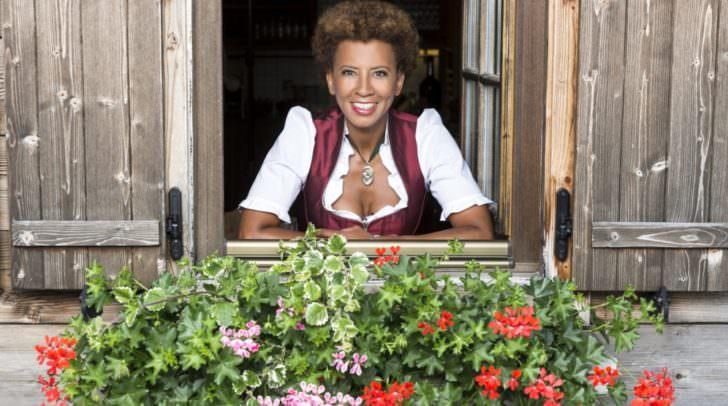 Für die 15. Staffel von Bauer sucht Frau suchen Arabella Kiesbauer und ATV noch fesche Kärntner Bauern. Kennt ihr einen?