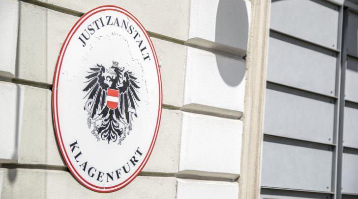 Der 39-jährige Verdächtige wurde nach Abschluss der Erhebungen in die Justizanstalt Klagenfurt eingeliefert.