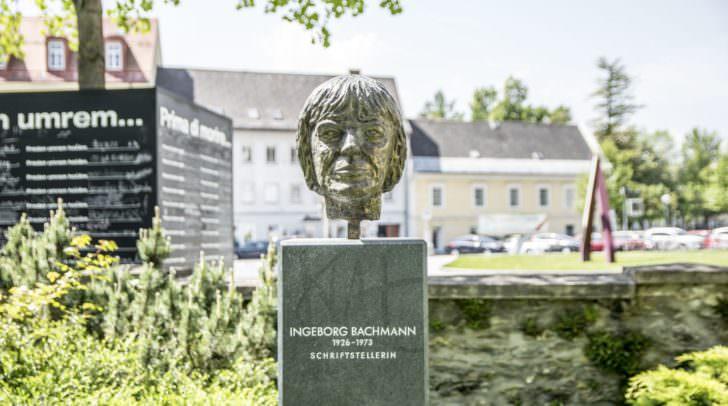 Die Büste von Schriftstellerin Ingeborg Bachmann wurde vergangene Woche aus dem Norbert-Artner-Park gestohlen.