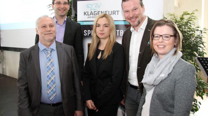 Stadtrat Franz Petritz und Stadtrat Wolfgang Germ mit Ernst Nagelschmied sowie Dr. Sandra Brenner und Mag. Petra Hinteregger von der Spielsuchtberatung