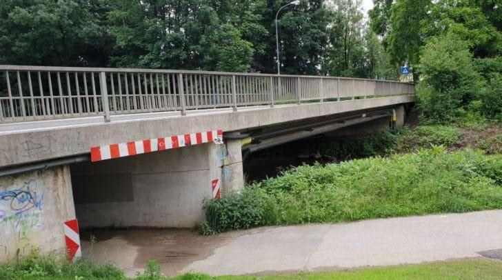 Da die Brücke nur saniert und nicht komplett erneuert wird, muss sie nicht komplett gesperrt werden.