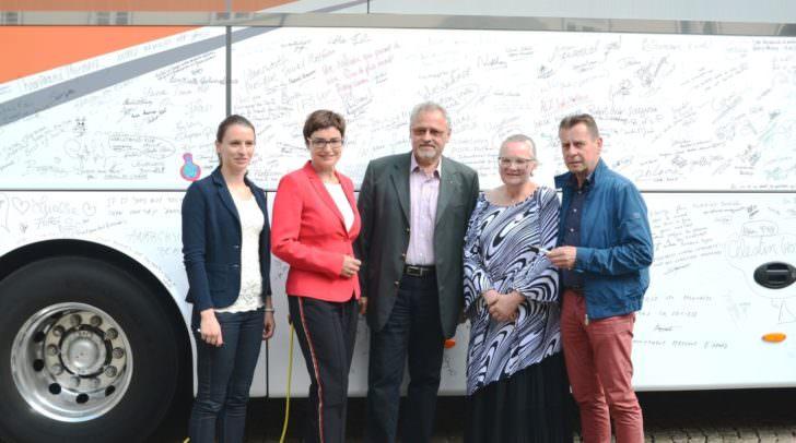 Susanne Scheiber (Koordinatorin Kärntner Armutsnetzwerk), LHStv.in Beate Prettner, Gerhard Leitner (Bundesrat), Christine Sallinger (Plattform 'Sichtbar Werden'), Heinz Pichler (Obmann Kärntner Armutsnetzwerk)