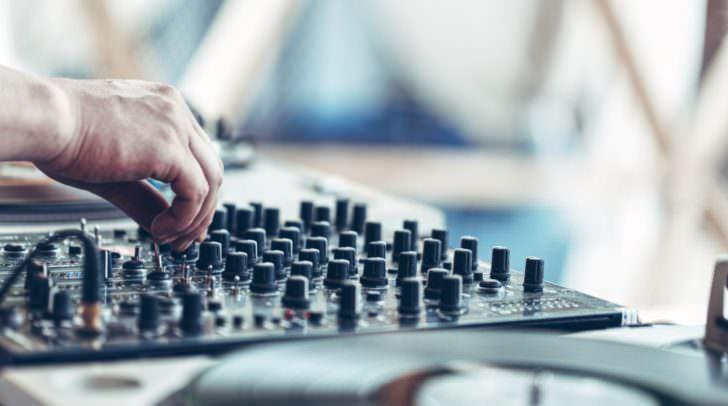 Sei dein eigener DJ bei der 1. Open Air Disco am Villacher Hauptplatz!