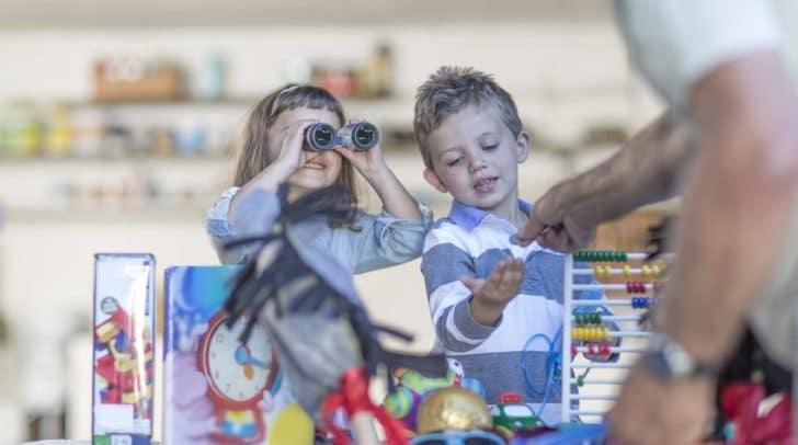All(t)e Sachen aus dem Kinderzimmer können am 2. Juni 2018 am Hans-Gasser-Platz verkauft werden.