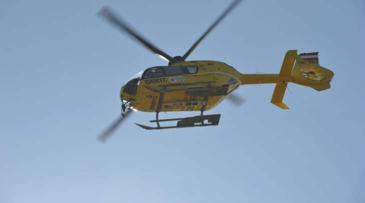 Der verletzte Bub musste vom Rettungshubschrauber C11 in das Klinikum Klagenfurt geflogen werden.