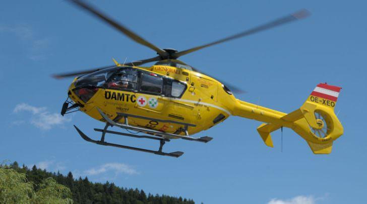 Der Klagenfurter wurde bei dem Unfall unbestimmten Grades verletzt und vom Rettungshubschrauber C11 in das Klinikum Klagenfurt gebracht.