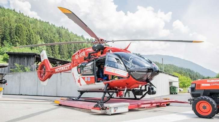 Der Villacher wurde vom Rettungshubschrauber RK 1 ins Klinikum Klagenfurt geflogen.