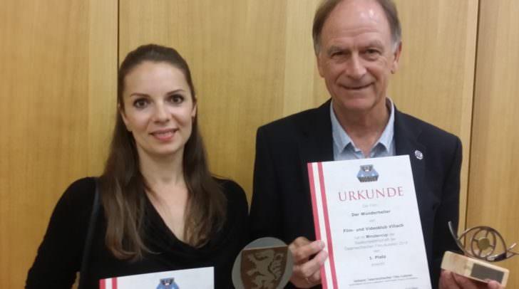 Jaqueline Rauter und Obmann Ernst Thurner (Filmklub Villach)
