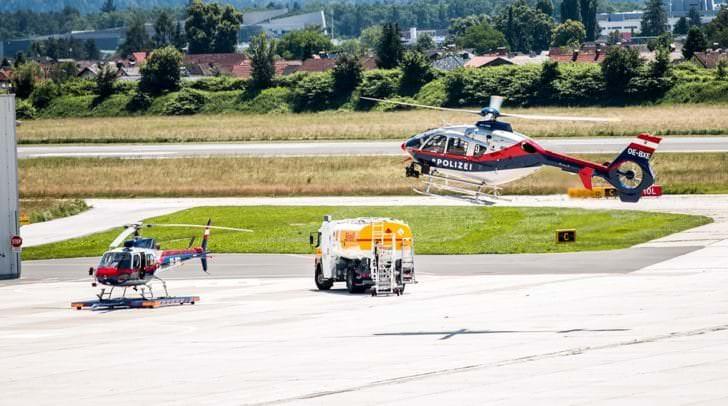 Es wurde vermutet, dass bei der Gerlitzen ein Paragleiter abgestürzt ist, welcher derzeit von zwei Hubschraubern gesucht wird.