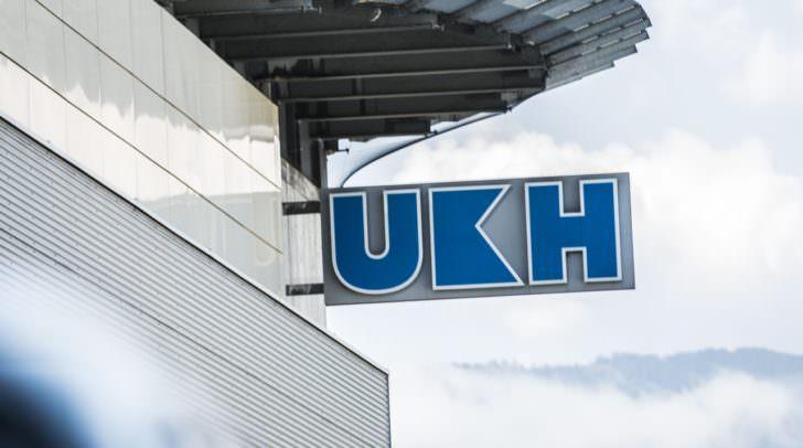 Der schwer verletzte Urlauber wurde nach der Erstversorgung vor Ort ins UKH Klagenfurt geflogen.