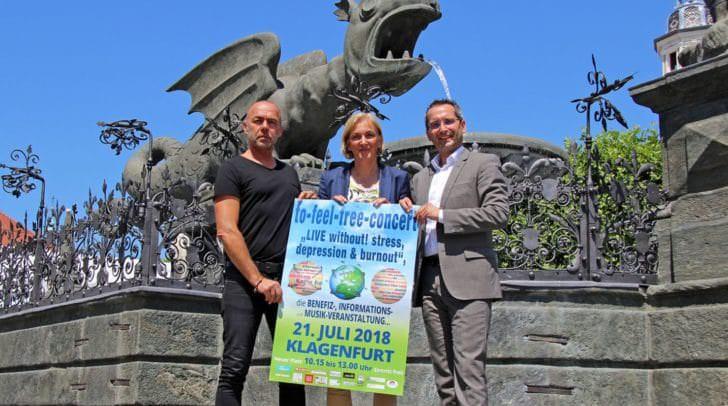 Gesundheitsreferent Stadtrat Franz Petritz mit Veranstalter Gerhard Huber und der Leiterin des Klagenfurter Gesundheitsamtes, Birgit Trattler.
