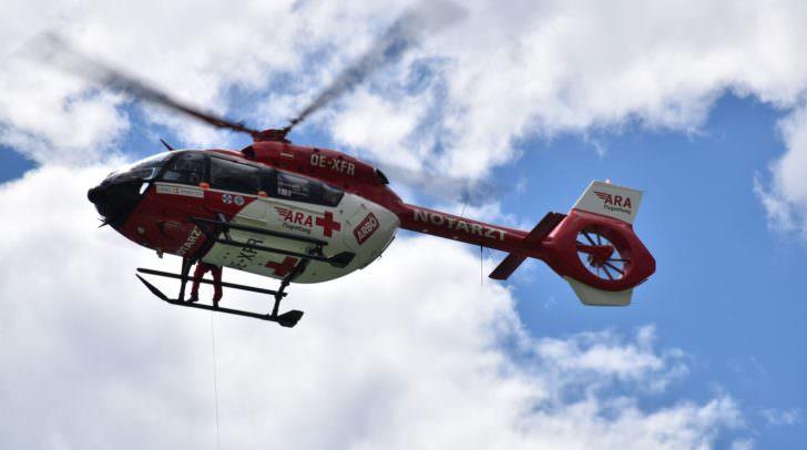 Nachdem die Wanderin von Bergrettern geborgen werden konnte, wurde sie mit dem Rettungshubschrauber RK1 ins Klinikum Klagenfurt geflogen.