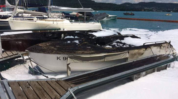 Gleich zwei Motorboote sind heute, Freitag, abgebrannt.