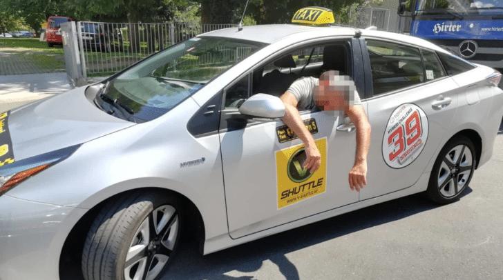 Die Arbeit der Taxifahrer wird an heißen Sommertagen schweißtreibend...