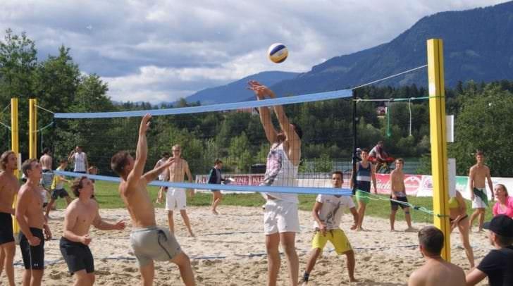 Über 240 Teams machten in den letzten Jahren bei dem GEMMA Jugend-Beachvolleyballturnier mit.