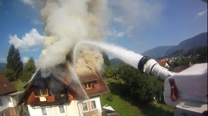 Neun Feuerwehren versuchten im Juli 2018 den Großbrand in St. Geogen zu löschen.