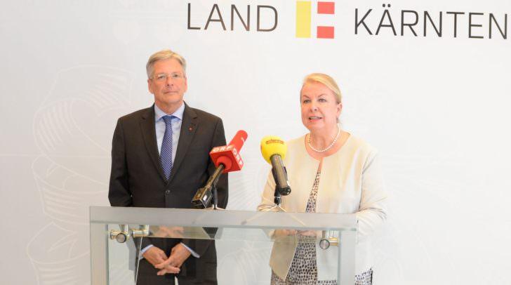 Landeshauptmann Peter Kaiser und Bundesministerin Beate Hartinger-Klein einigten sich heute unter vier Augen.