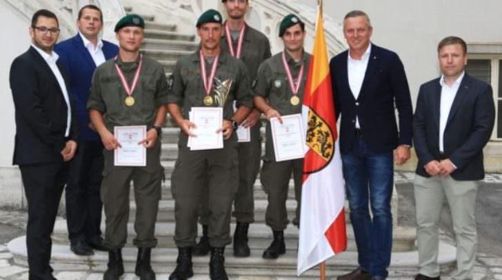 Siegermannschaft des PiB1 im Mannschaftsfünfkampf.