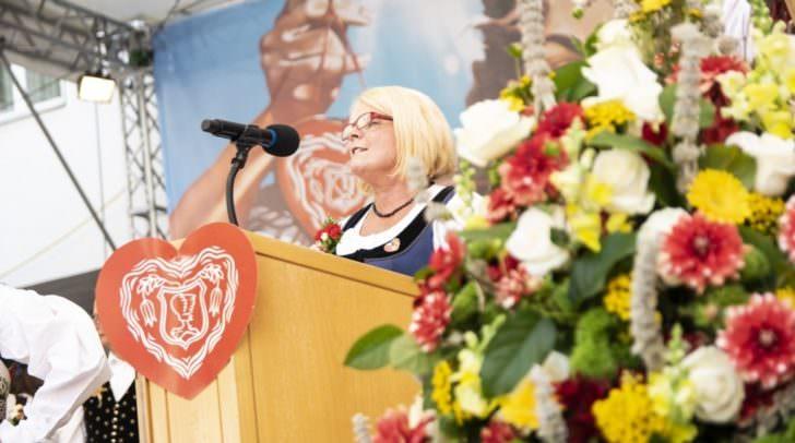 Kirchtagsobfrau Gerda Sandriesser ist entsetzt: