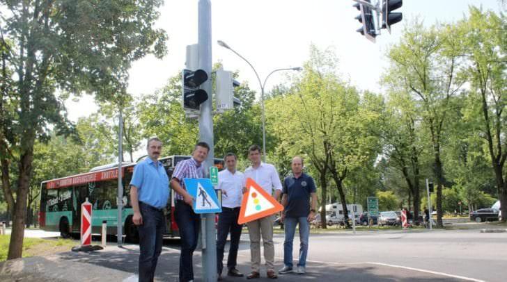 Eine neue ampelgeregelte Fußgängerüberquerung bei Minimundus soll in Zukunft für mehr Sicherheit sorgen