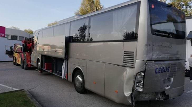 Die rund 40 Personen im Reisebus wurden nicht verletzt.