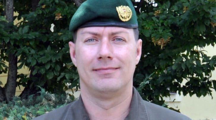 Kommandoübergabe: Oberstleutnant des Generalstabsdienstes Thomas Aschacher wird Nachfolger von Oberst Scharf.