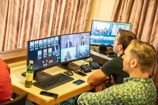 Die Gemeinderatssitzung wird per Live-Stream übertragen.