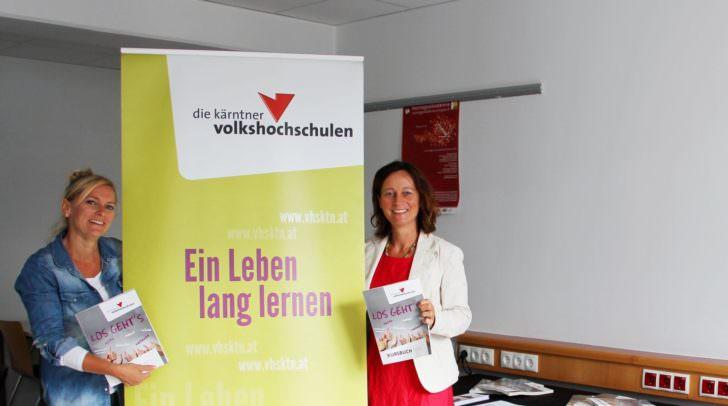 Bezirksstellenkoordinatorin Villach Katrin Binder (l.) und  Bezirksstellenkoordinatorin Feldkirchen/ St. Veit Isabella Penz
