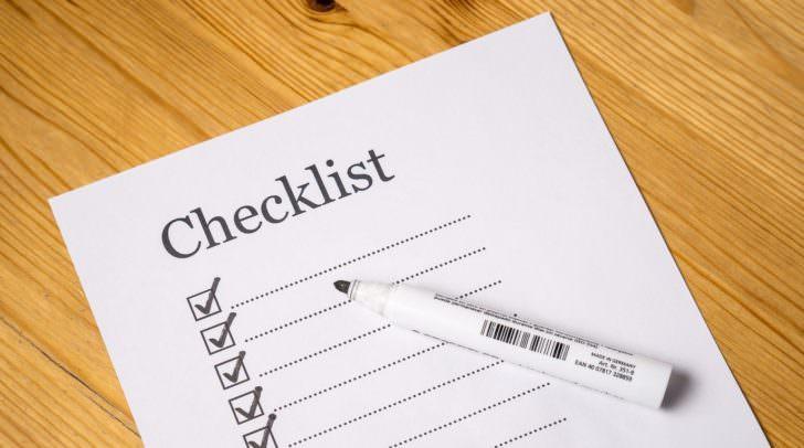 Das Erstellen einer Checkliste und eines Zeitplanes kann helfen Chaos zu verhindern.