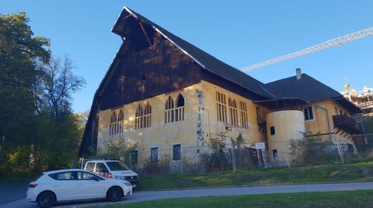 Schlossstadel Emmersdorf: Für Kärnten typisch ländliche Architektur.