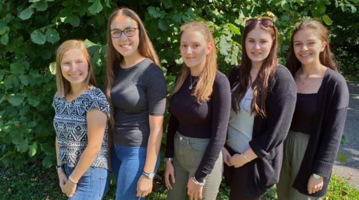 Sie setzen sich für einen guten Zweck ein: JuliaWrolich, Lisa Greibl, Nathalie Erlacher, Marlene Mayr und Tamara Krivokuca