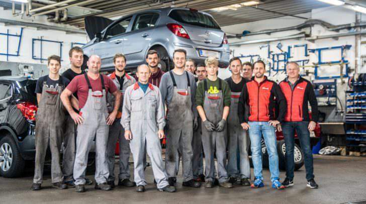 Das Team von Eisner Auto kümmert sich professionell um Ihren Reifenwechsel.