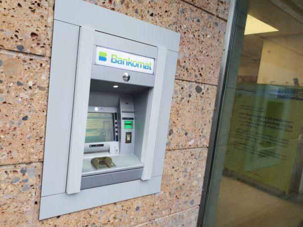Der Bankomat bleibt vorerst erhalten