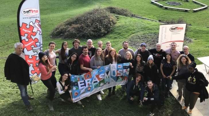 30 Jugendliche aus 12 Ländern trafen sich in Drobollach am Faaker See