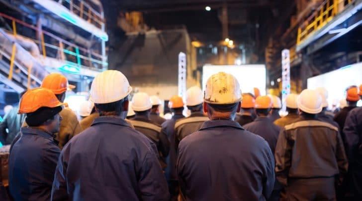Ab heute, 12 Uhr, starten die ersten internen Betriebsversammlungen in den großen metallverarbeitenden Betrieben.