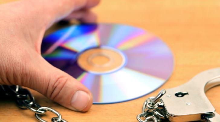 5.000 Dateien mit kinderpornografischem Foto- und Videomaterial konnten bei einer Hausdurchsuchung sichergestellt werden.