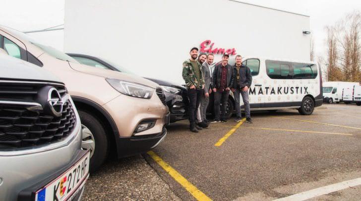 Die neuesten Autos unterstützen Matakustix bei ihren Touren durch das Land.