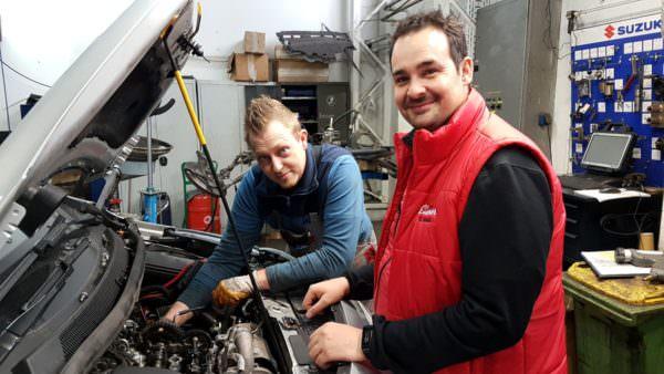 Jetzt sucht Rudolf Benda (rechts) zwei Helfer, die Teil des Teams werden wollen.