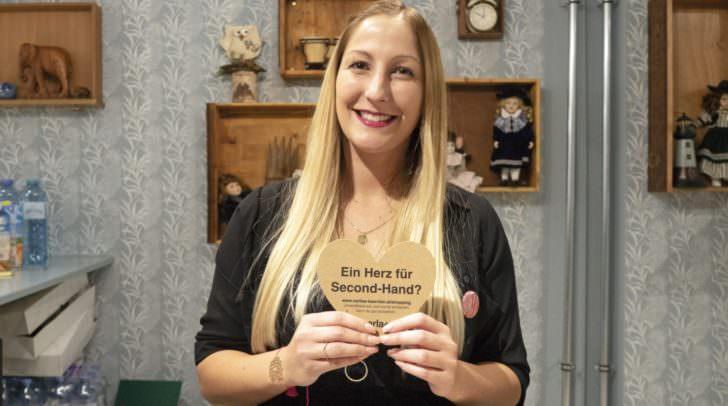 """Die kleine Schwester – der """"carla"""" in Villach – eröffnete bereits im Oktober, am Bild Shop-Leiterin Leonie Frei."""