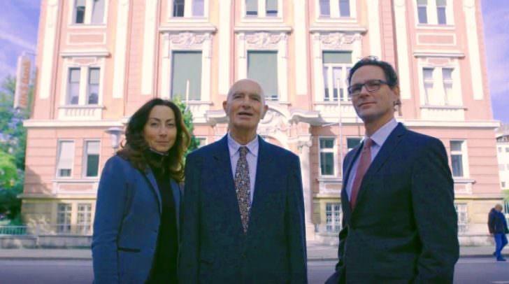 Mag. Martin Zankl und seine Schwester Mag. Veronika Caneppele mit ihrem Vater