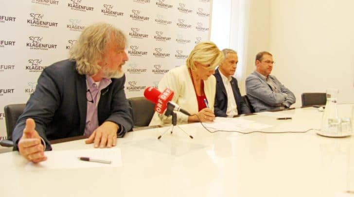 Bürgermeisterin Dr. Maria-Luise Mathiaschitz präsentierte gemeinsam mit Vizebürgermeister Jürgen Pfeiler und den Stadträten Frank Frey und Markus Geiger die geplante Umstrukturierung bei den städtischen Wohnungen.