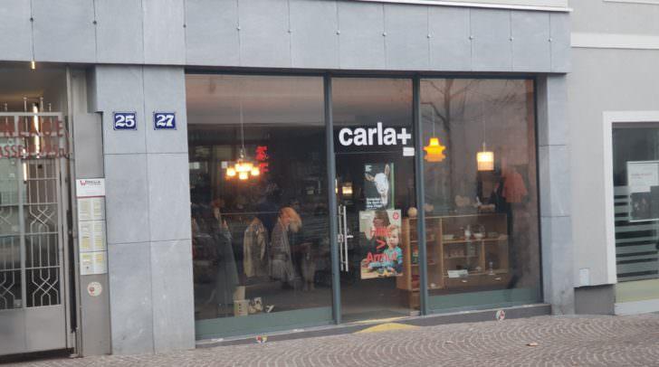 """Der """"carla+"""" Shop in der Innenstadt."""