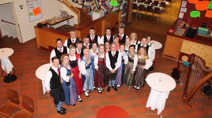 Die Volkstanzgruppe Villach veranstaltet den traditionsreiche Villacher Trachtenball, der bereits seit dem Jahr 1973 jährlich stattfindet.