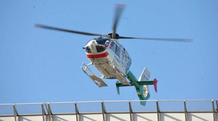 Mit dem Rettungschubschrauber Airmed 1 wurde der schwer verletzte Skifahrer ins LKH Villach geflogen.