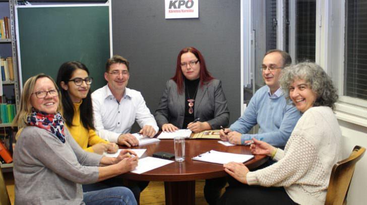 Die neue Landesleitung der KPÖ Kärnten/Koroŝka (v. l.): Karin Peuker, Salma Yussef, Stanko Hanin, Bettina Pirker, Kurt Oberleitner und Cristina Tamas