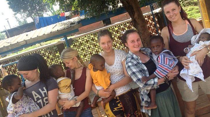 Internationale Freiwilligen-Einsätze sind eine tolle Möglichkeit, den eigenen Horizont zu erweitern und dabei anderen zu helfen.