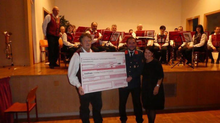 1.400 Euro wurden für die Hochwasseropfer gesammelt.