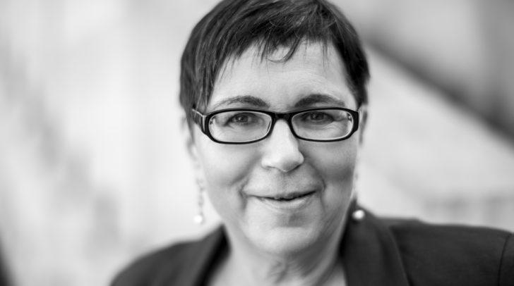Die preisgekrönte Autorin Monika Grill liest bei Strein aus ihrem Lyrikband.