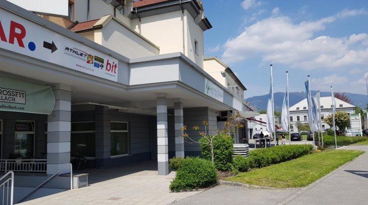 Das Globo Center bietet eine Fläche von 16.000 Quadratmetern . Ein Hotel, mehrere Firmen, Büroflächen und nun der Fitness Vital Club befinden sich in dem Gebäude