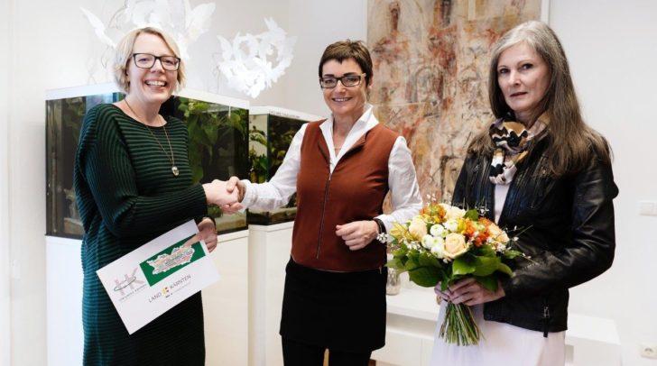 LHStv.in Beate Prettner mit Birgit Bierbaumer und Isolde Matweber.